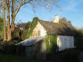 Photo: Oud huisje langs de Boezem