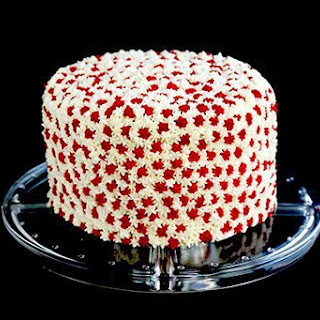 Simple Canada Day Cake.