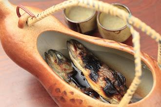 Photo: 岩魚の骨酒 別注料理 2,160円 iwana no kotusake fish+sake 2160yen