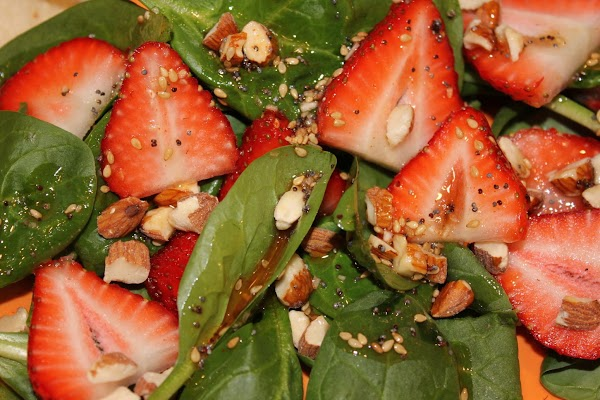 Spinach Salad With Strawberries & Almonds Recipe