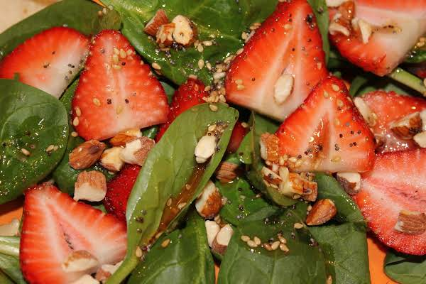 Spinach Salad With Strawberries & Almonds