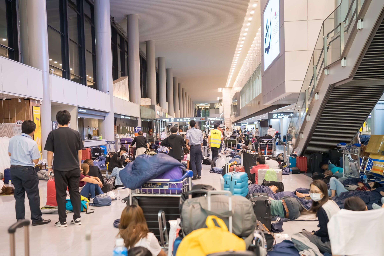 Narita Airport typhoon3