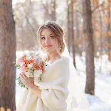 Wedding photographer Vladimir Vershinin (fatlens). Photo of 08.02.2018