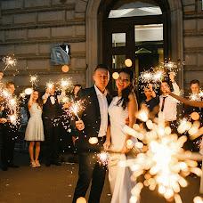 Wedding photographer Yuliya Shtorm (fotoshtorm78). Photo of 02.09.2018