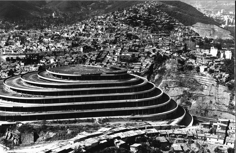 El Helicoide, o shopping que se tornou uma prisão