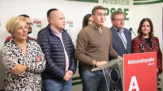 Teruel, la noche del domingo en la sede del PSOE.