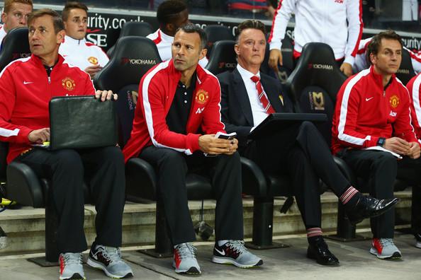 Swansea keen to speak to Man United assistant Ryan Giggs