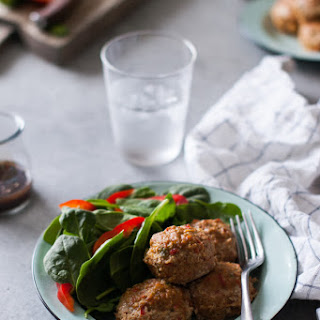 Easy, Skinny Turkey Meatloaf Muffins Recipe {Gluten-Free, Clean Eating, Dairy-Free}.