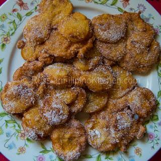 Maruya (Fried Banana Fritters).