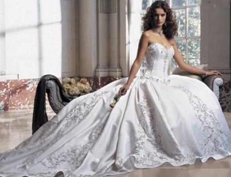花嫁のドレスのアイデア