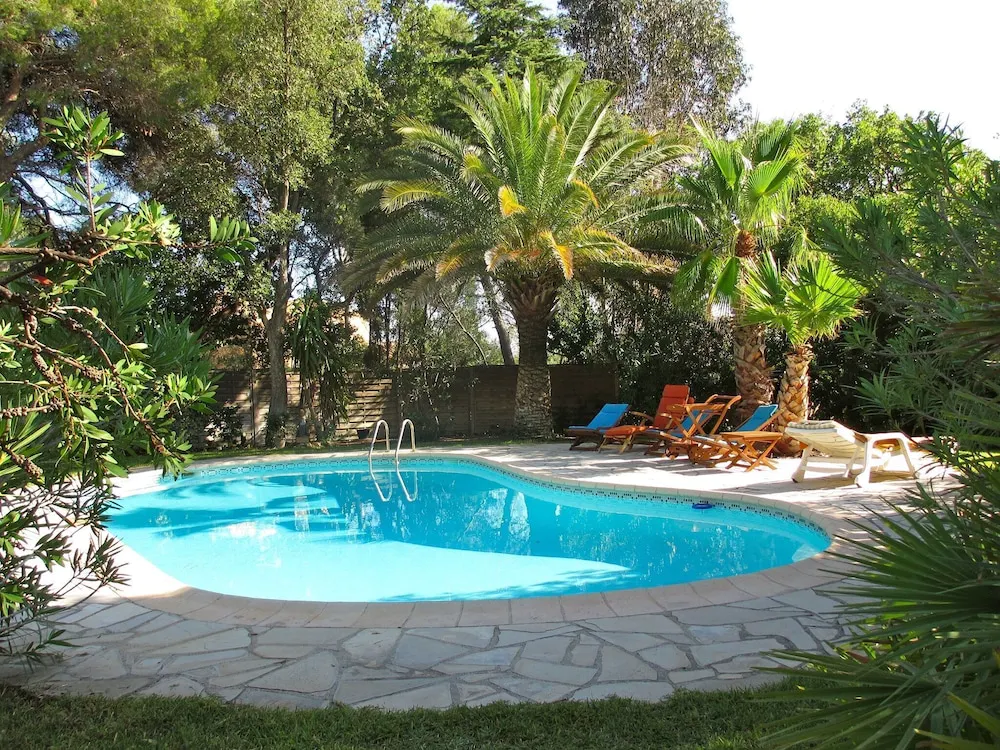 Tasteful Villa in Frejus With Private Swimming Pool