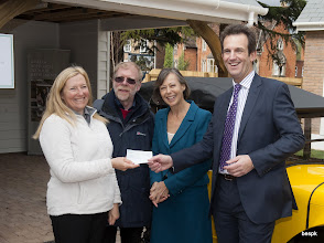 Photo: Eunice Kratky, me, Jenny Agutter, Nick Hole of Blue Cedar Homes and the cheque for bespk