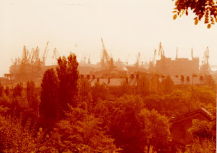 Photo: Odessa on huomattava satamakaupunki sekä rahti- että matkustajaliikenteessä. Odessan satama on Mustanmeren suurimpia satamia.