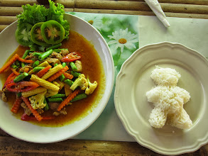 Photo: Red curry and teddy bear rice