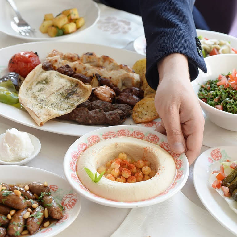 أفصل مطعم لبناني بجدة