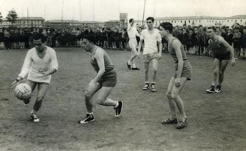 Photo: 7/3/1960. En esta observamos mejor las zapatillas de Pablo Javier.
