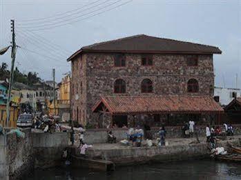 Coconut Grove Bridge House
