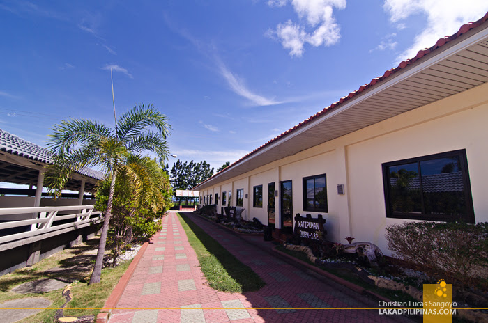 Crystal Waves Resort Nueva Ecija