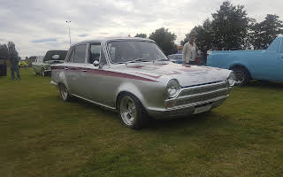 Ford Cortina Rent Southland