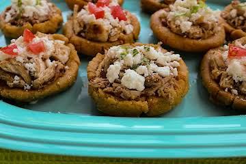 Mexican Gorditas ( Little Fat Ones) (Gorditas Rellenas)