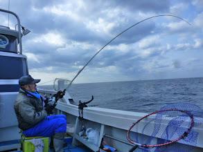 Photo: そして、ウキがはいったー!真鯛キャッチ!