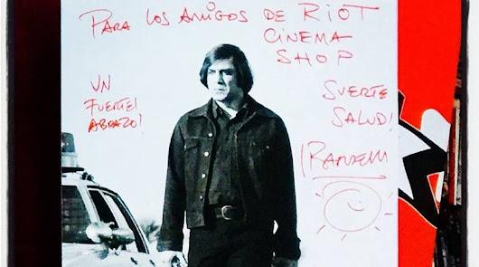 La visita de Javier Bardem a Riot Cinema, el templo almeriense de la cinefilia