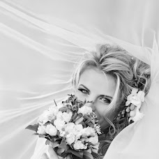 Wedding photographer Oksana Opanasyuk (oksana-photo). Photo of 23.03.2014