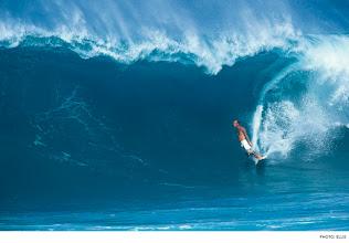 Photo: Matt Archbold, Off The Wall. Photo: Ellis  #Surfer  #SurferPhotos