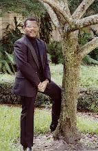 Photo: Nov. 1994: Jeffery Ames