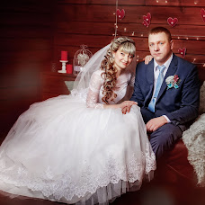 Wedding photographer Yuliya-Dmitriy Morozovy (JulyIce). Photo of 14.02.2016