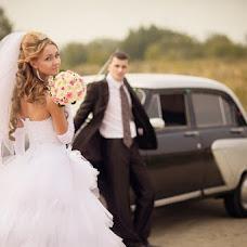 Wedding photographer Ekaterina Urumbaeva (junyanv). Photo of 03.08.2013