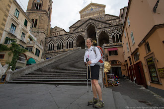 Photo: Denise ready to hike. Piazza Duomo