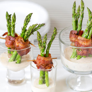 Bacon Wrapped Asparagus Appetizer.