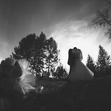 Wedding photographer Mikhail Zolotov (Zolotov). Photo of 21.10.2013