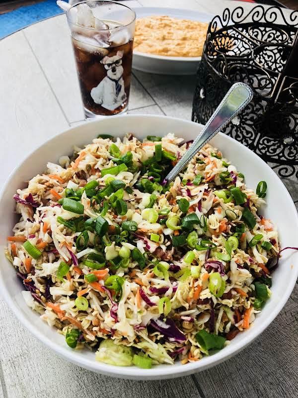 Crunchy Oriental Coleslaw Salad Recipe