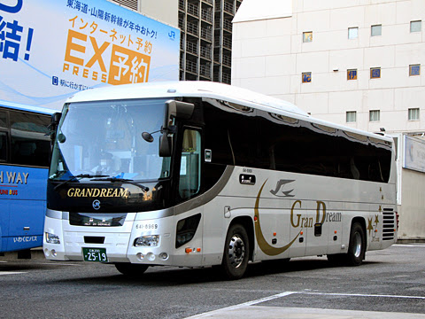 中国JRバス「百万石ドリーム広島号」 2519