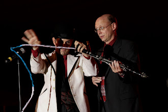 Photo: performing with Tom Fischer and the Creole Sweet Tease