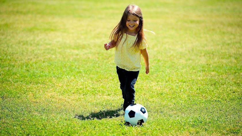 InterActúa propone el ejercicio físico y el deporte como la mejor terapia infantil tras el confinamiento.