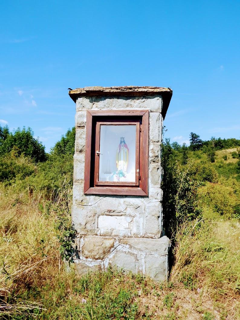 Kóspallag - Stációs keresztút a kálváriadombra