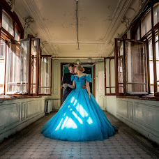 Wedding photographer Oleg Gurov (AmazinG). Photo of 07.06.2018
