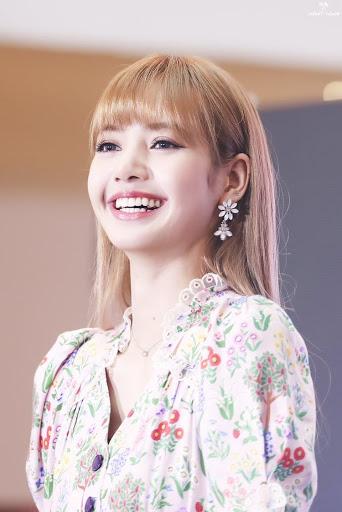 lisa smile