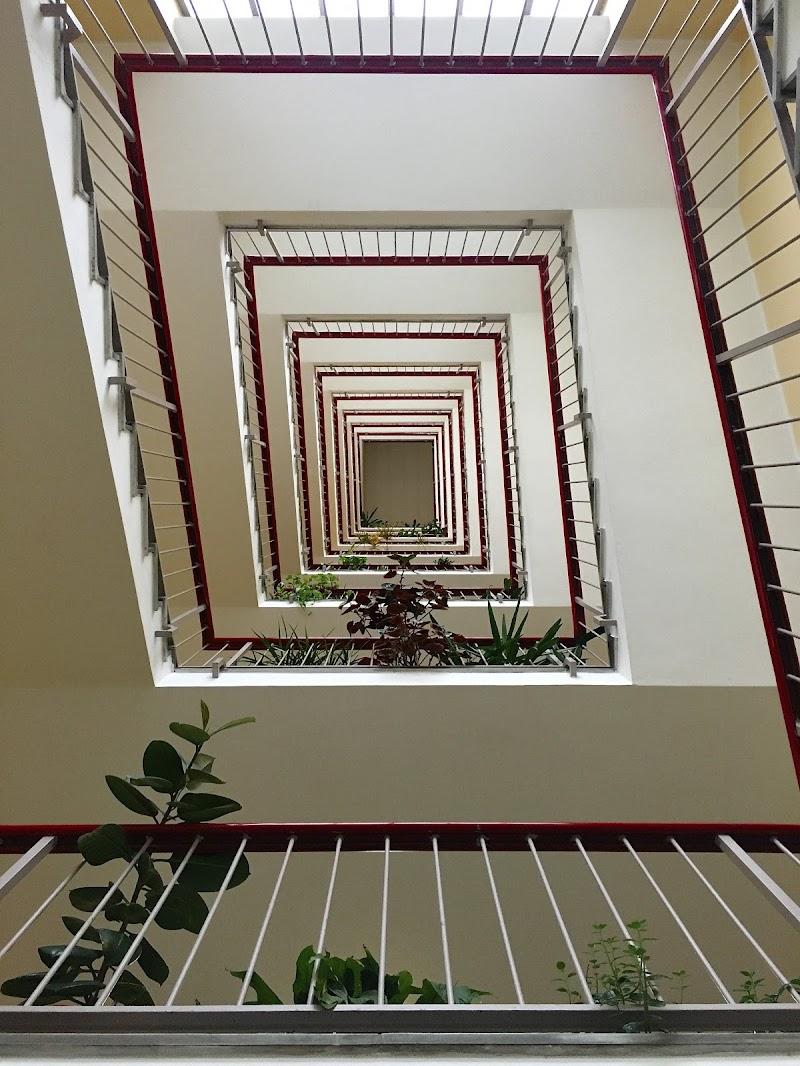 hypnotic stairs di -Sara-