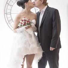 Wedding photographer Vika Tolmacheva (Viko). Photo of 17.11.2013