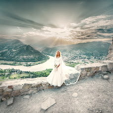Wedding photographer Andrey Tatarashvili (LuckyAndria). Photo of 07.07.2018