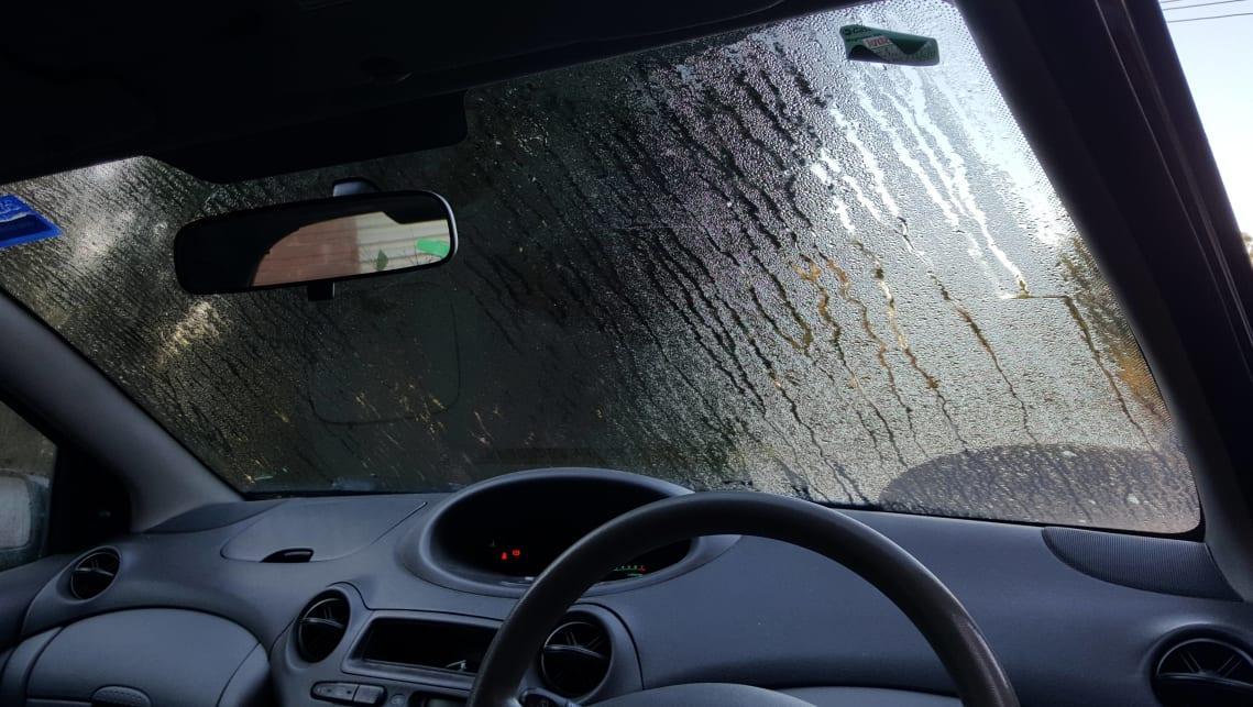 Meski Dingin, Jangan Matikan AC Mobil Saat Hujan