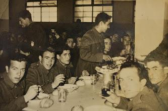 Photo: La mili en Recajo. Proveedor: Ascensión Ojeda Fernández. Año: 1956.