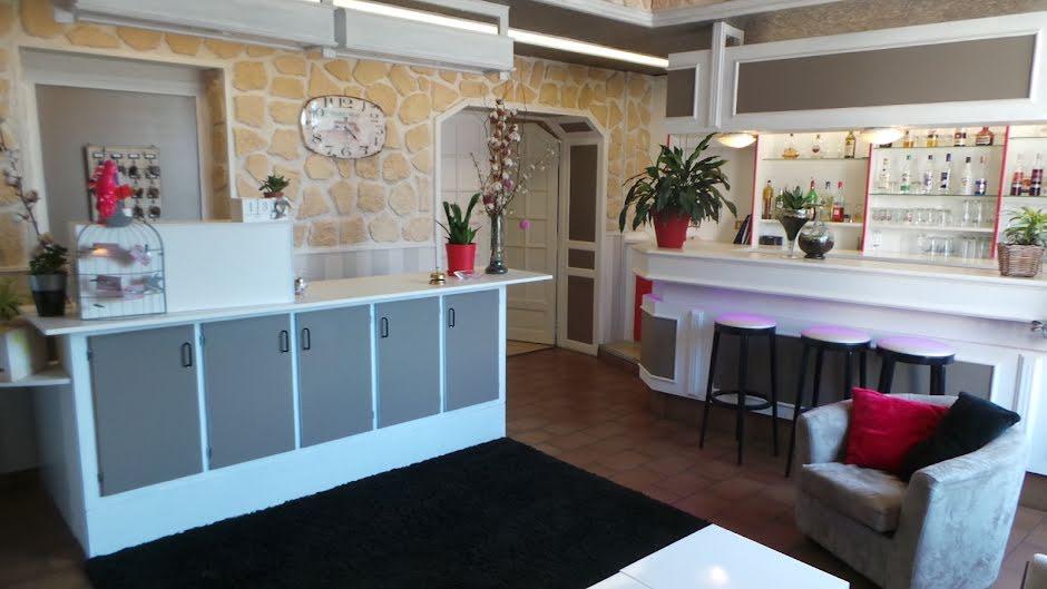 Vente locaux professionnels  677 m² à Digoin (71160), 502 900 €