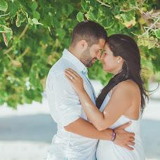 Wedding photographer Antonina Yureva (antonella). Photo of 26.12.2015