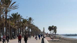 Vista general del Paseo Marítimo Carmen de Burgos.