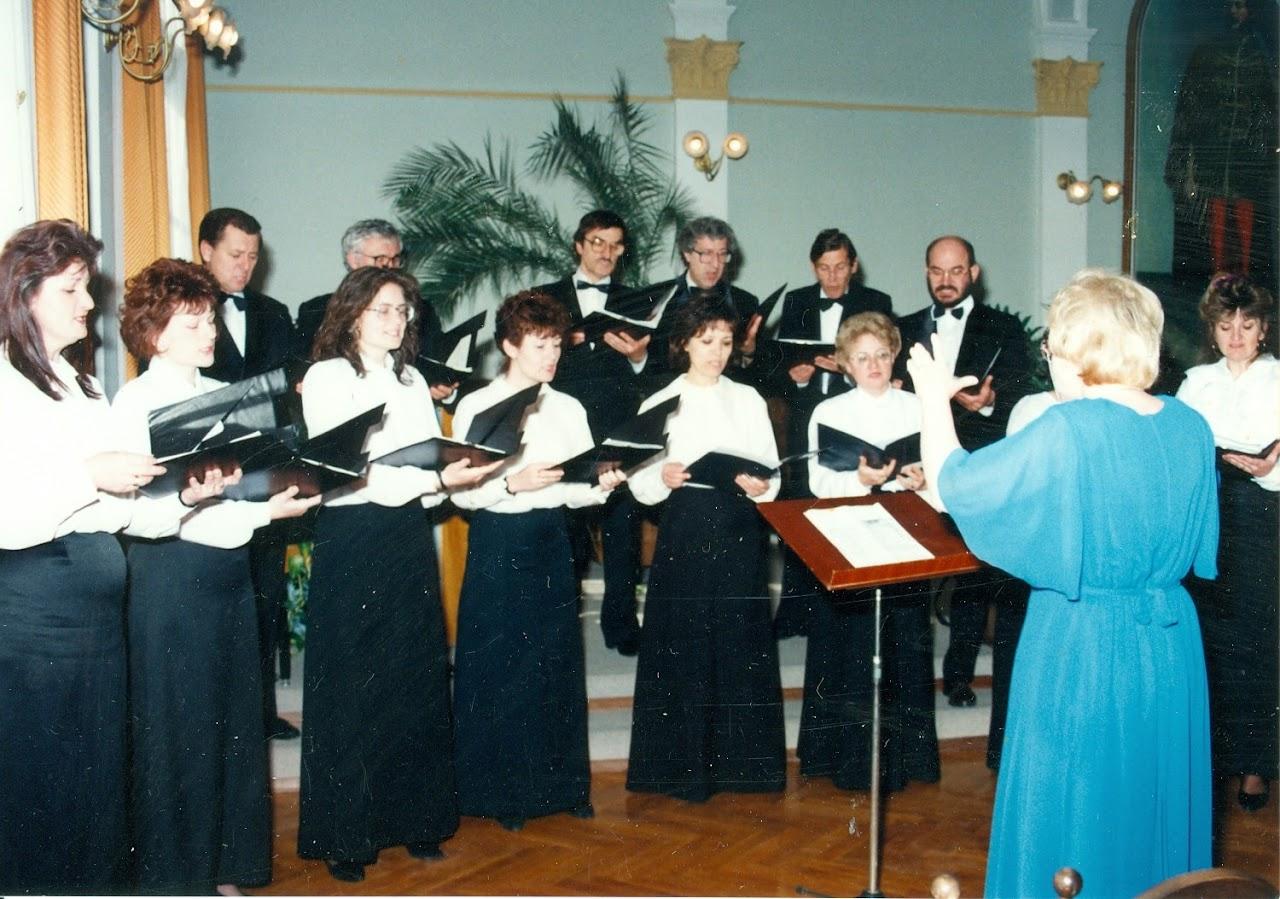 megyeháza 1995